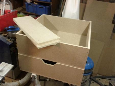 fabrication d une commode en m dium brico info le blog de bruno catteau. Black Bedroom Furniture Sets. Home Design Ideas