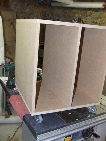 http://www.brico-info.com/public/meuble-informatique/DSCF2412.JPG