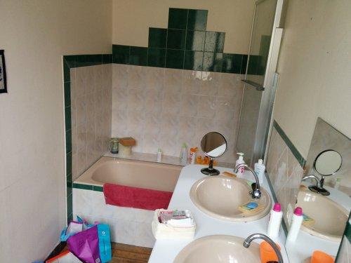 salle de bain du premier travaux pr paratoires brico. Black Bedroom Furniture Sets. Home Design Ideas