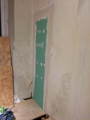 salle de bain du premier electricit et pr paration des murs brico info le blog de bruno. Black Bedroom Furniture Sets. Home Design Ideas